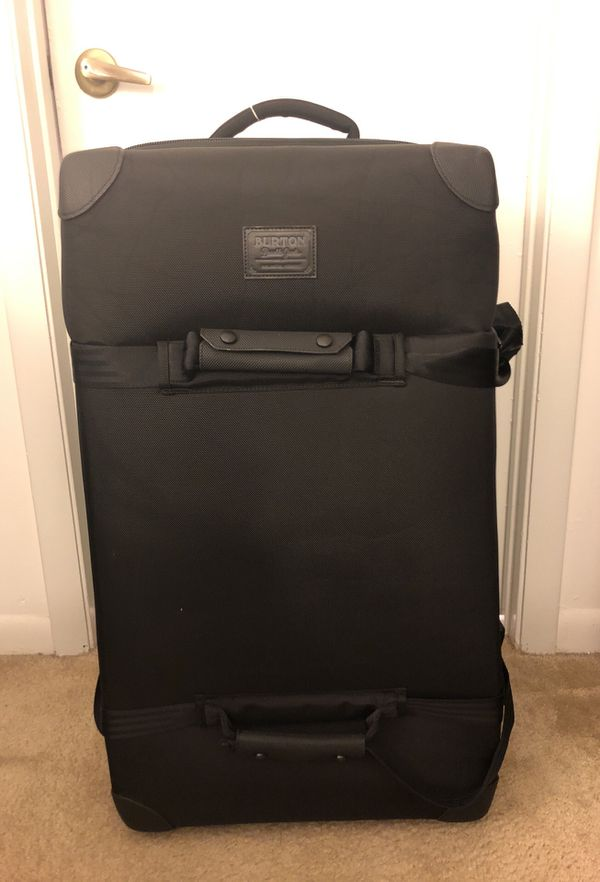 44dd059bc6 Burton Wheelie Sub Travel Bag (used once, excellent condition) for Sale in  North Miami, FL - OfferUp