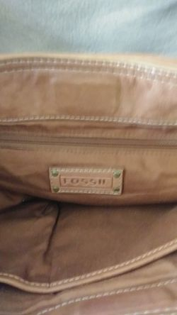 Fossil leather purse Thumbnail