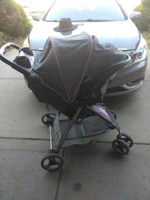 Stroller nd carseat+base for Sale in Denver, CO