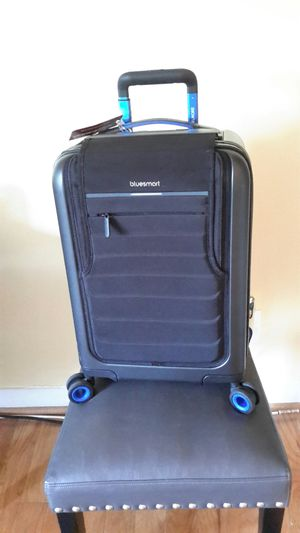 Bluesmart 22'' Carry-On Spinner for Sale in Washington, MD