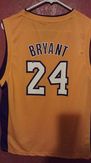98ea92ab5d6 NBA ADIDAS LAKERS. BRYANT. YOUTH JERSEY for Sale in Phoenix, AZ