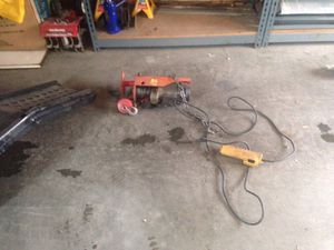 Electric hoist for Sale in Des Moines, WA
