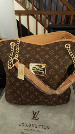 Luxury handbag for Sale in Bailey's Crossroads, VA