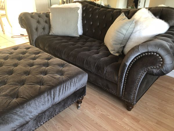 duchess living room set raymour flanigan for sale in