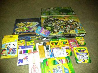Art fun legos color pencils crayons crayola makers Thumbnail