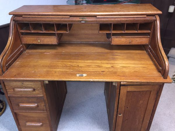 Antique Roll Top Oak Desk For Sale In Chagrin Falls Oh Offerup