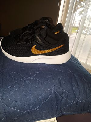 983fe10a0ca Brand new Nike shoes for Sale in Clinton Township