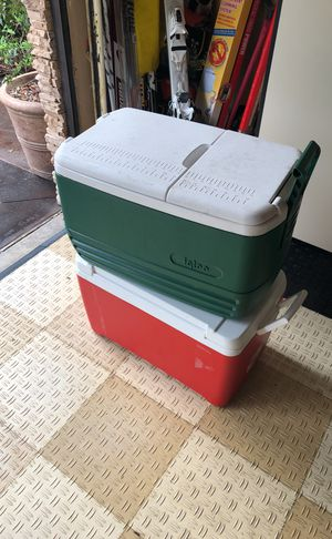 (2) Igloo Coolers for Sale in Buena Park, CA