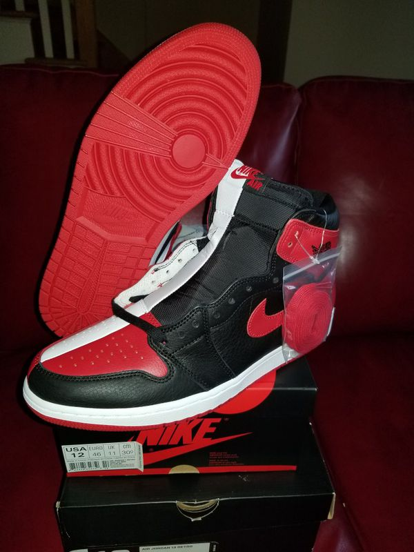 premium selection a988a b65f5 Nike air Jordan retro 1 Homage to Home size 12 for Sale in Roselle, IL -  OfferUp