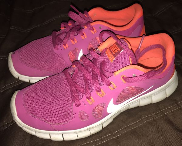 39f9fdaeedf2 ... Pink Nike running shoes size 4 for Sale in Greensboro