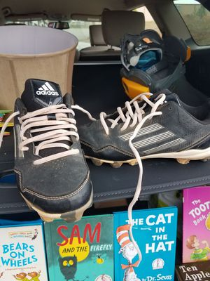Adidas cleats 3.5 kids for Sale in Greenbrier, TN