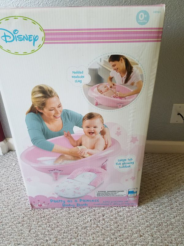 Disney Pretty as a Princess baby Bath for Sale in Antelope, CA - OfferUp