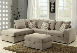 New sofa sectional (no ottoman) for Sale in Boca Raton, FL