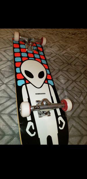 Photo Alien Workshop Complete Skateboard with Titanium trucks
