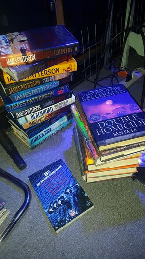 20 Hard Cover, great condition books. for Sale in New York, NY