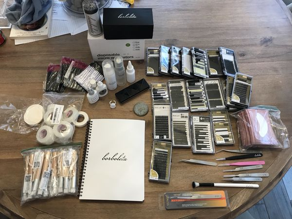 Eyelash extensions lot of stuff for Sale in Mesa, AZ - OfferUp