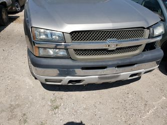 2003 Chevy Silverado parts only Thumbnail