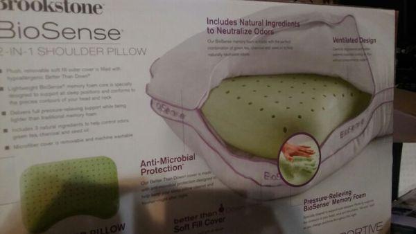 Brookstone Biosense Memory Foam 2 In 1 Shoulder Pillow With Better