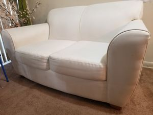 Love Seat Couch for Sale in Lanham, MD