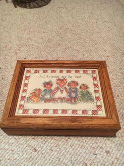 Wooden keepsake box Thumbnail