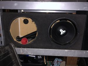 Photo Sub box for 2 12 inch subs