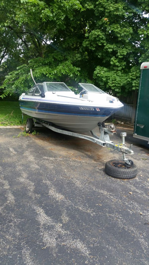 1989 Bayliner Capri Parts boat for Sale in Marengo, IL - OfferUp