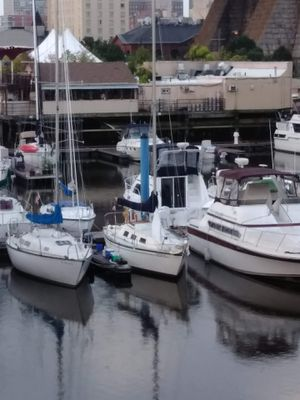 1977 Columbia 8.7 sailboat for Sale in Philadelphia, PA