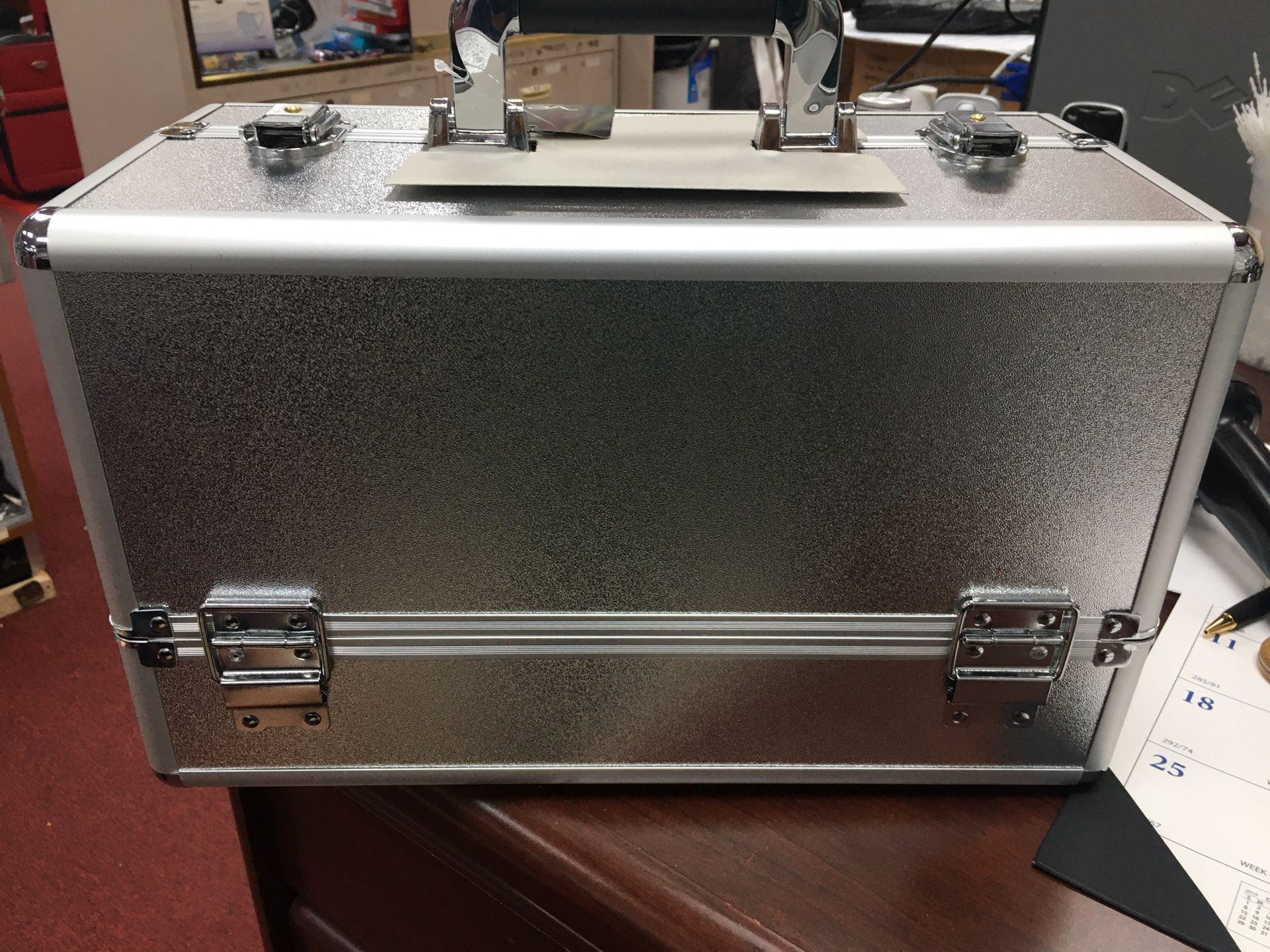 Makeup case silver and black color