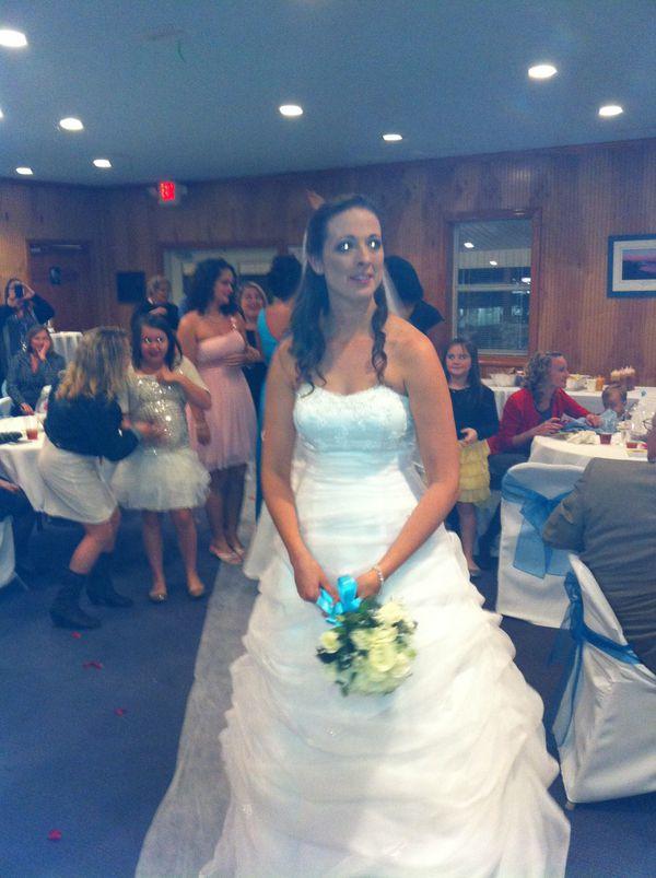 Wedding dress for Sale in Lexington, KY - OfferUp