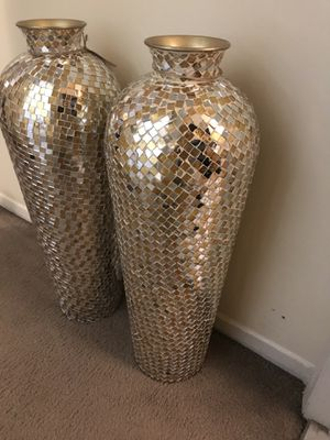 """Set of 2 large 30"""" tall mosaic vases click on my profile picture on this page to check out my other listings pick up in Gaithersburg md 20877 for Sale in MONTGOMRY VLG, MD"""