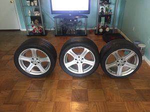 Vendo 3 rines de Mercedes for Sale in Groveton, VA