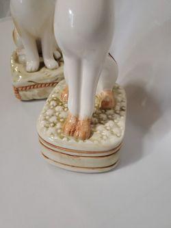 Cat Figure Glass Statue Thumbnail