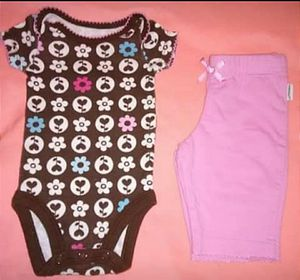 Newborn outfits for Sale in Hillsboro, MO