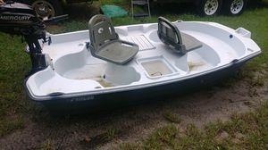 Pelican boat NO gas MOTOR for Sale in Aloma, FL