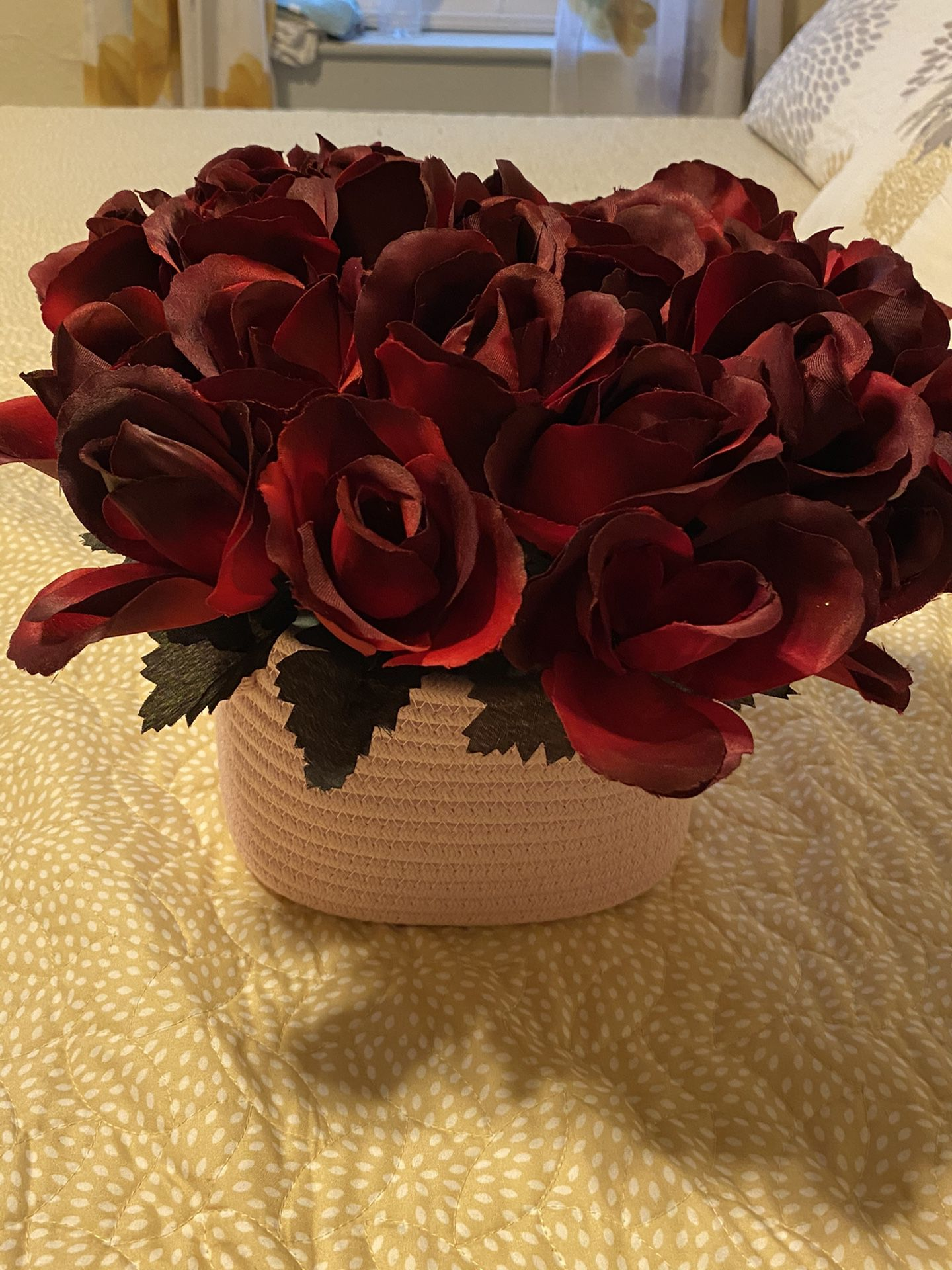 Flower bouquet 8in x 6in round