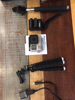 GoPro hero 4 with all accessories for Sale in Oxon Hill, MD