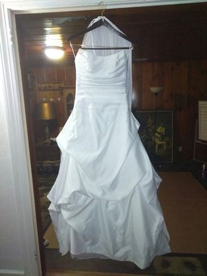 New and Used Wedding dresses for Sale in Tampa, FL - OfferUp
