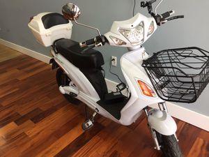 Go electrical no gas no license $1900 new for Sale in Miami, FL