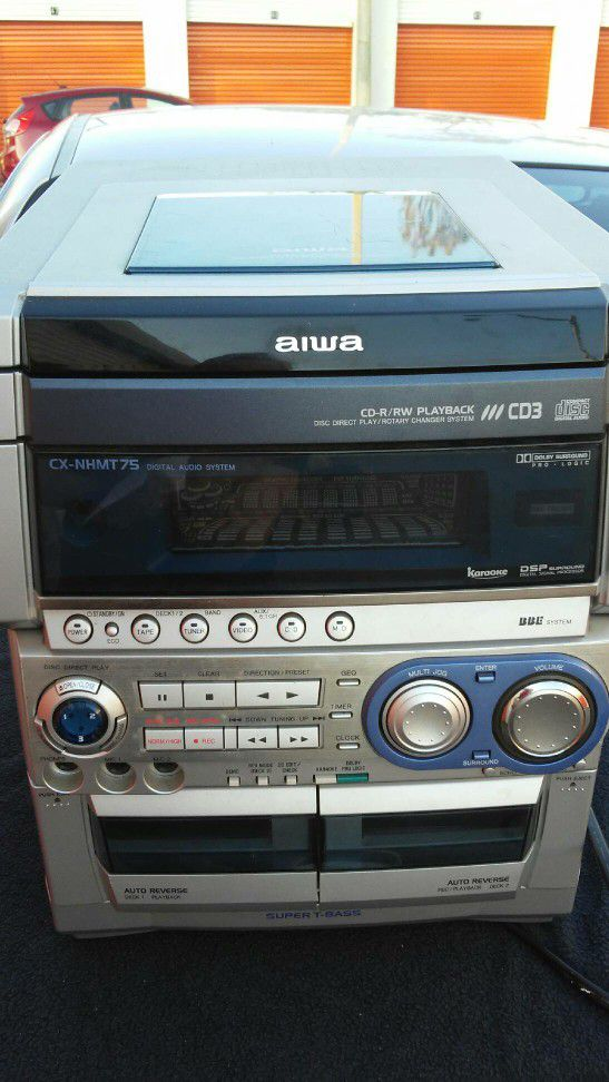 Aiwa Compact Shelf Stereo Home Entertainment System For Sale In Clearwater FL