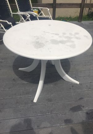 Patio Furniture Table Umbrella And Chairs For In Brandon Fl