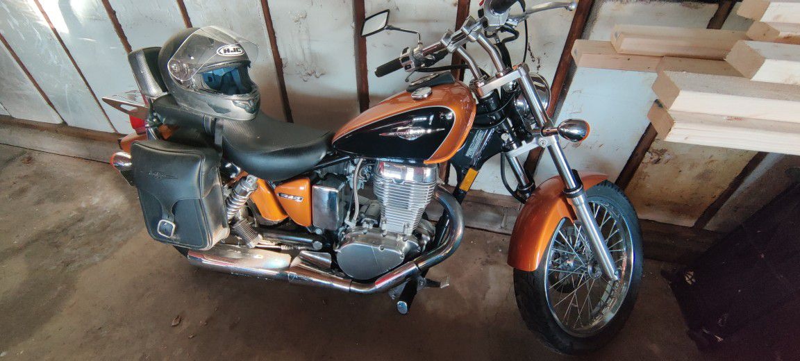 Photo 2011 Suzuki Ls650