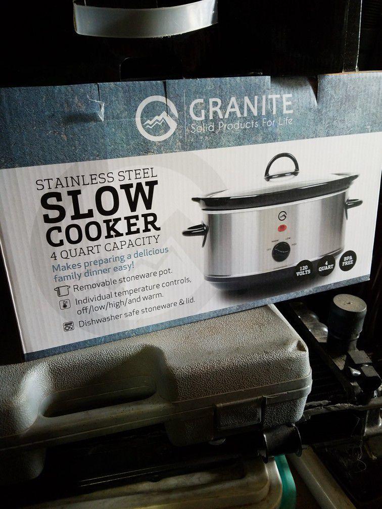 4 Quart Slow Cooker