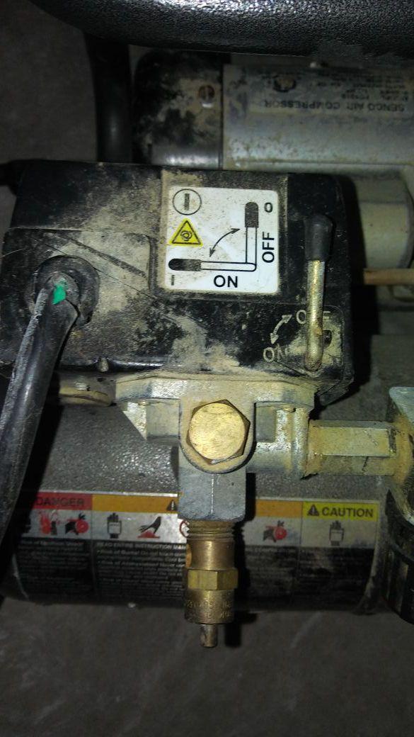 Senco air compressor