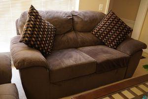 Love seat sofa for Sale in Sterling, VA