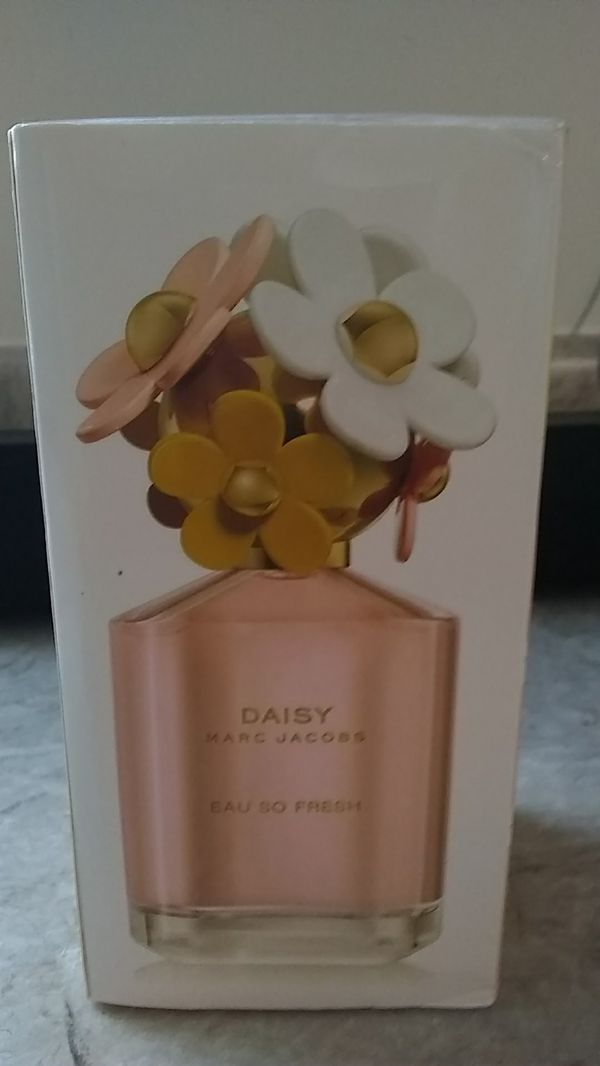 Marc Jacobs Eau So Fresh Perfume For Sale In Cleveland Oh Offerup