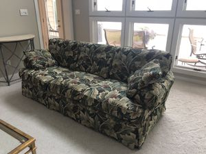 Beautiful sofa like new for Sale in Midlothian, VA