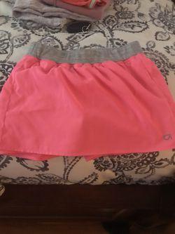 Gap skirt with shorts underneath Thumbnail