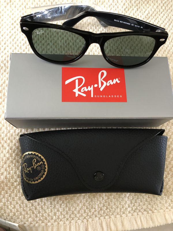 78e1616983 Ray Ban New Wayfarer in black (RB2132 901-52) for Sale in Miami