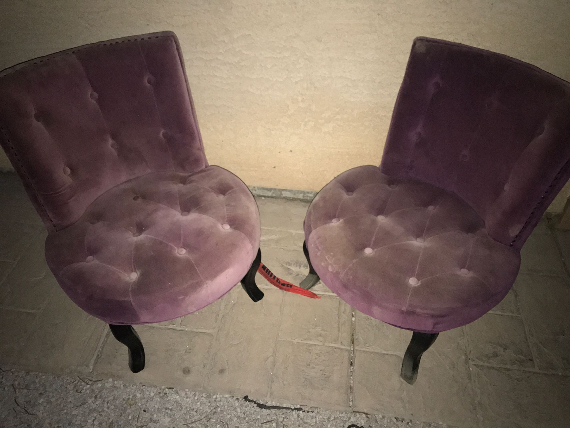 Short chairs