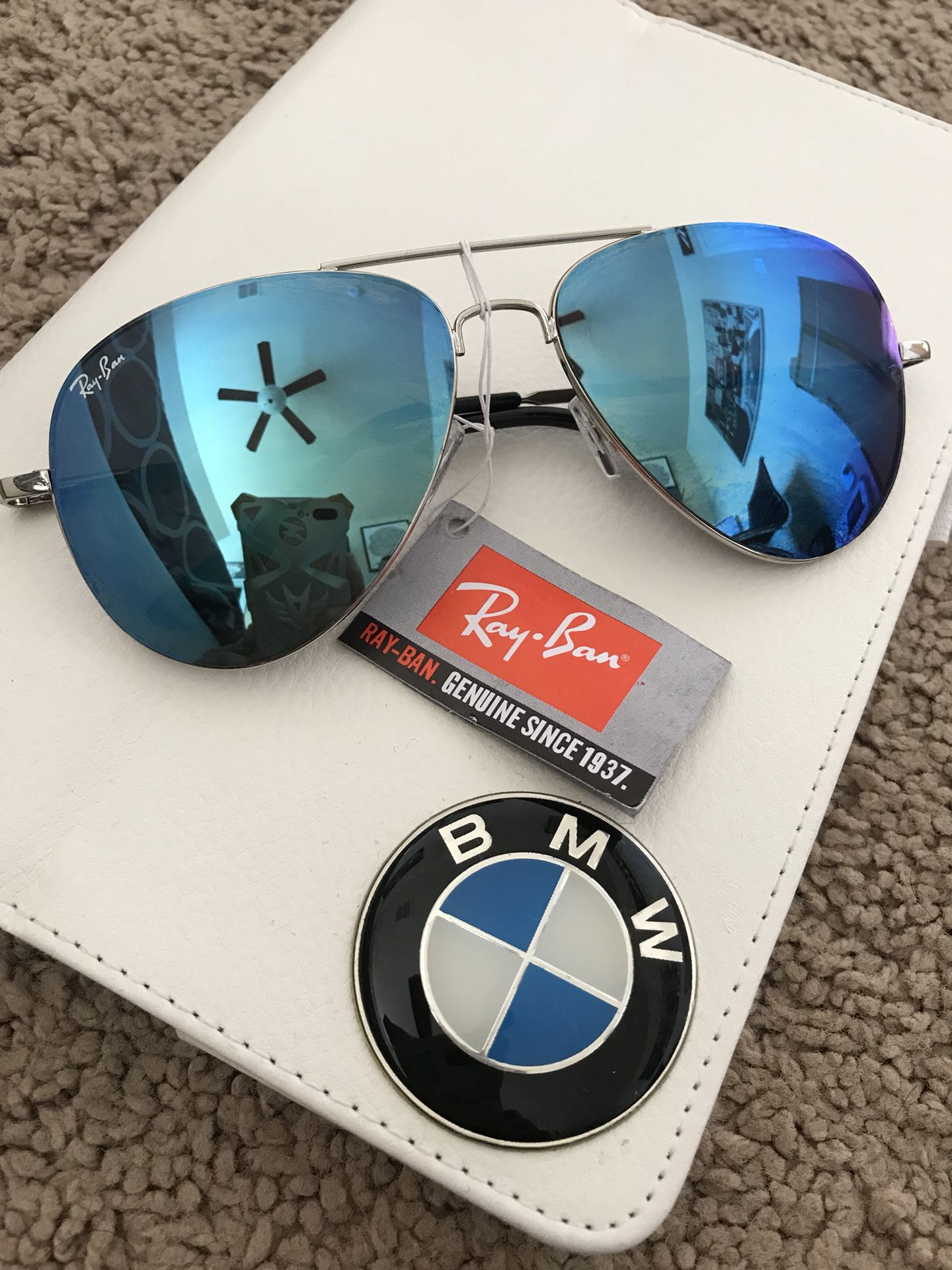 Ray-Ban sunglasses aviators authentic with tags and case authentic